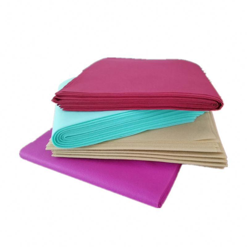 Specializes in the manufacture of luggage cloth cover PP non-woven fabric can be degraded without pollution