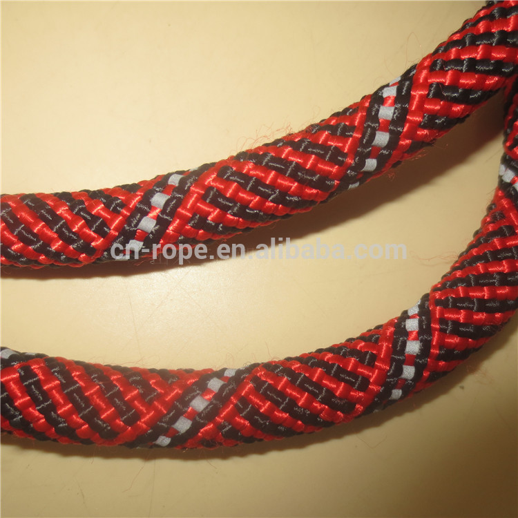 Climbing rope with high strength and durability