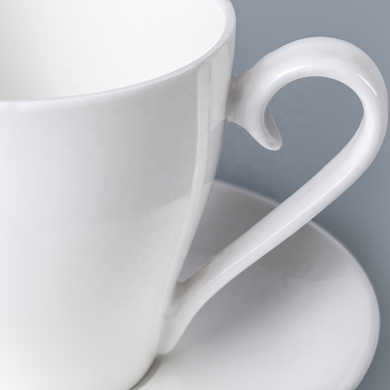 White Restaurant Hotel Supplies Coffee Cup Porcelain Tea Cups, Crockery Restaurant Tea Cup And Saucer For Hotel*