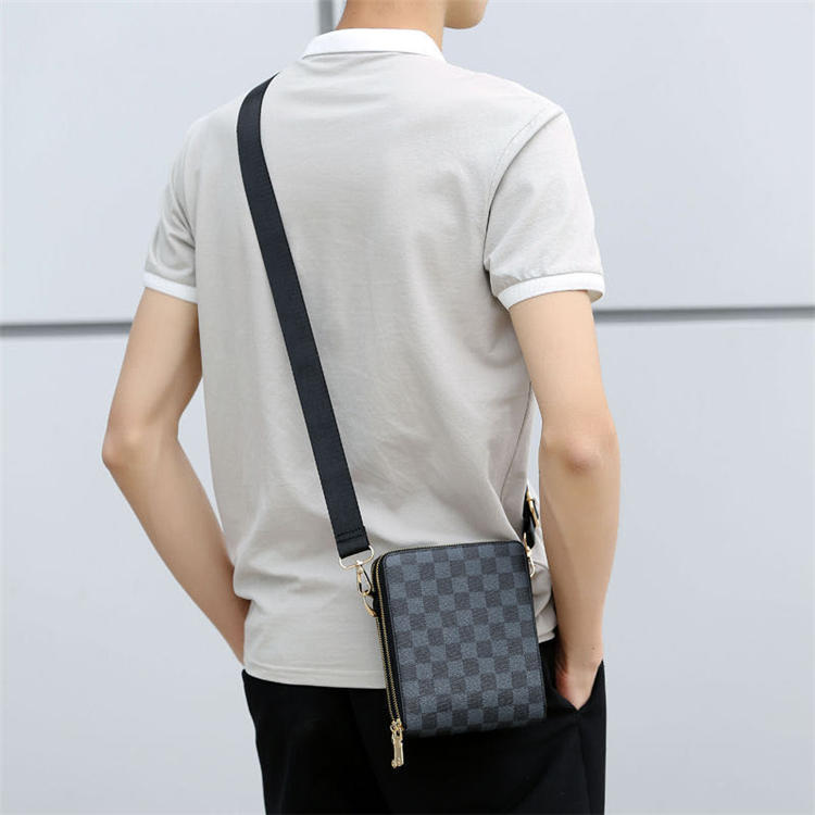 2020 new fashion high quality European and American fashion trend men's small square Messenger shoulder bag chest bag