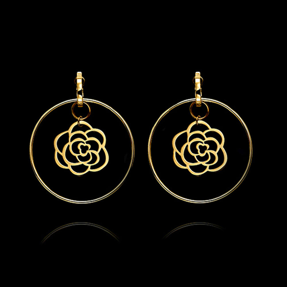 Round circle gold flower design handmade crochet earring