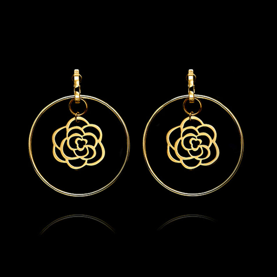 Round circle gold flower design handmade crochet earring