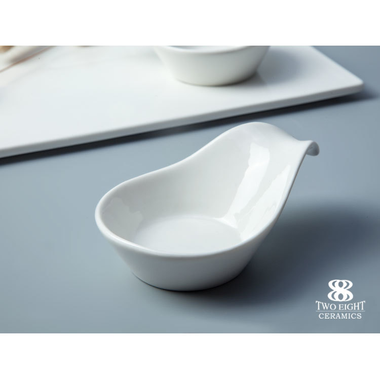 2018 new design crockery china stoneware dinner serving tasting spoon plates set