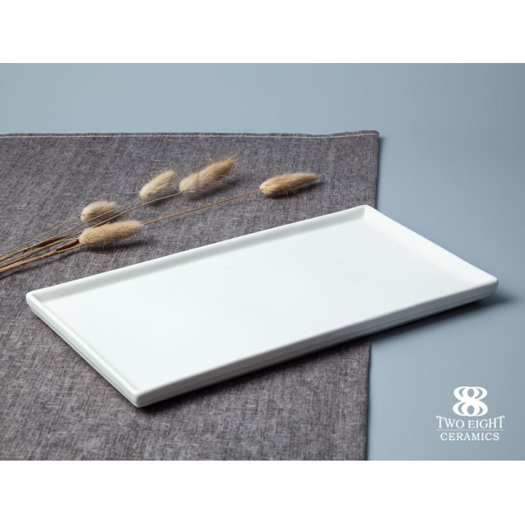 Wholesale unpainted ceramics dessert spoon set with serving tray
