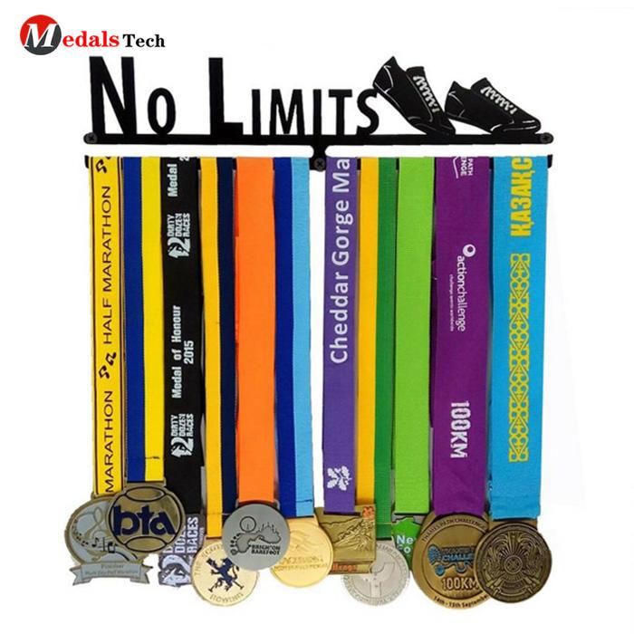 Custom iron black cheap metal sport medal hanger for runners