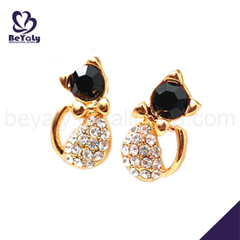 Hot sell cheap silver cz cat earrings