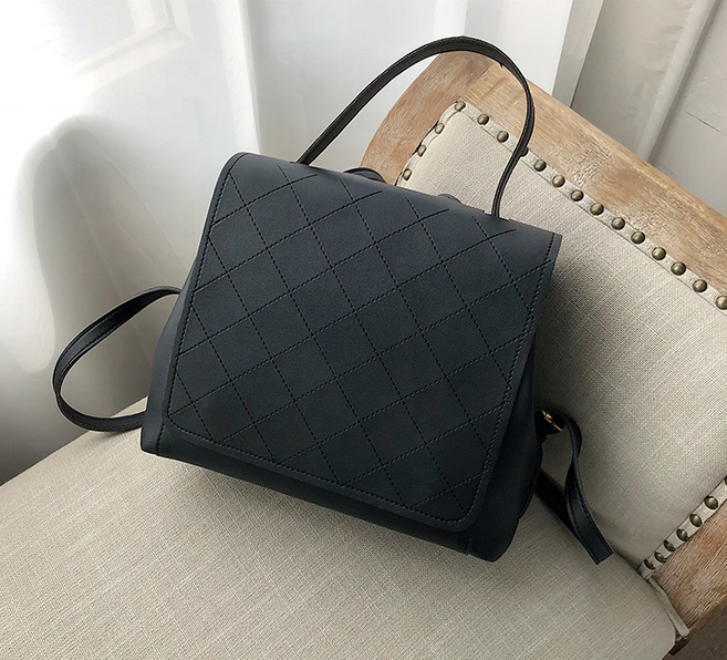 High quality 2 ways usage fashion Diamond pattern leather girls backpack for women Casual solid color pu handbag girls new style