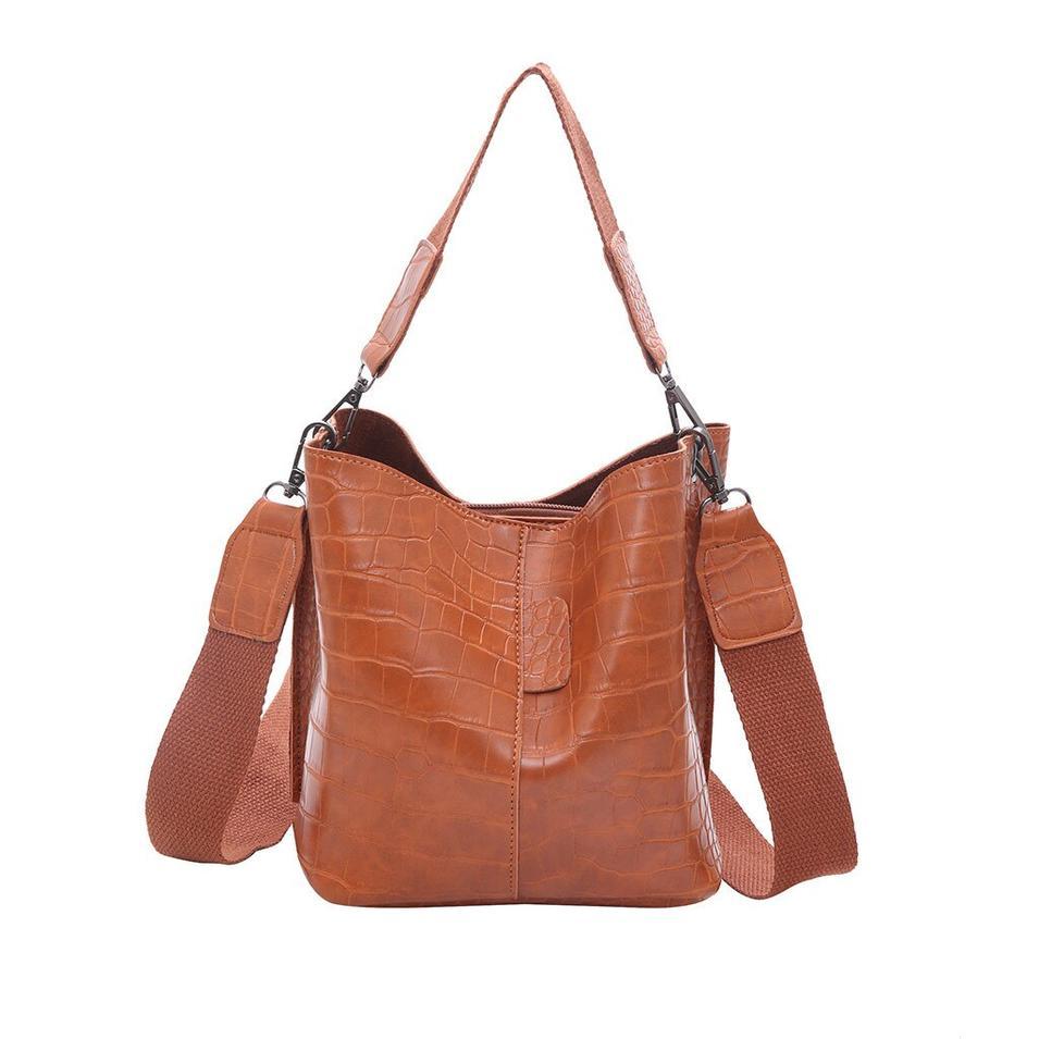 Black Alligator Crossbody Leather Bags Women's Fashion Stone Hasp Pure-Colour Retro Shoulder Bag Large Capacity Bucket Bag