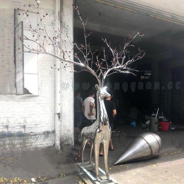 LargeStainless Steel ChristmasMoose Statuesfor Indoor and Outdoor DeerDecoration