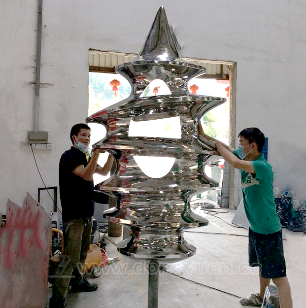 Top Grade Stainless Steel Abstract Arts Sculpture for Garden Ornaments