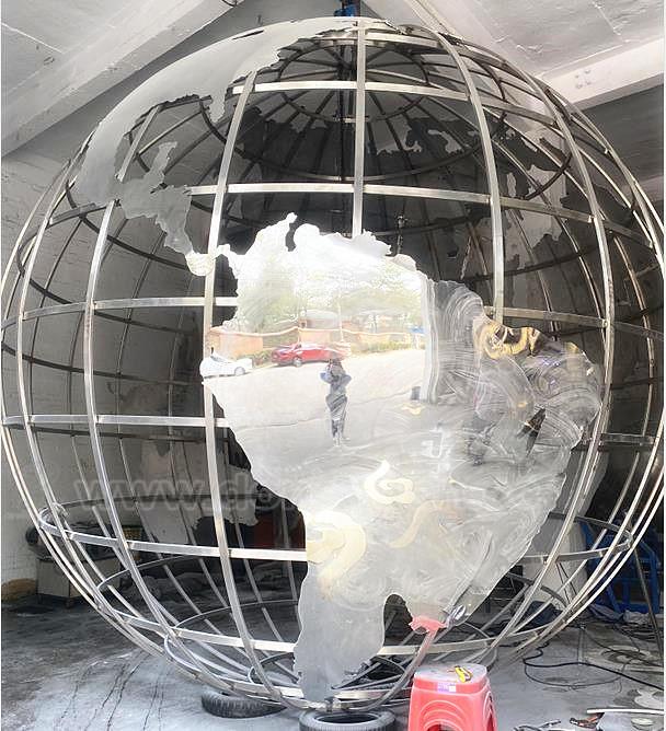 Inox Steel Ball , World Map Sculpture Orbs for Outdoor Decoration