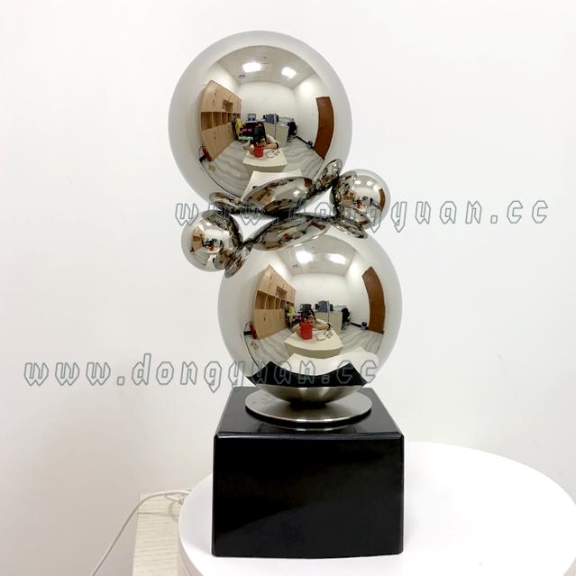 Stainless Steel GoldenArtwork SculptureArtistic Ornament for hotel