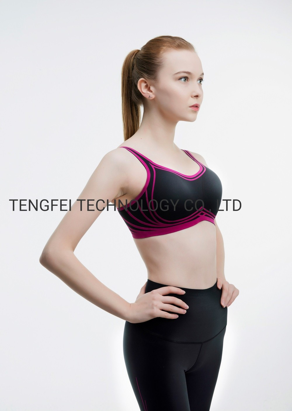 Ladies′ Knitted Senselast 3D Wire Free Comfortable Sports Yoga Bra and Legging Set