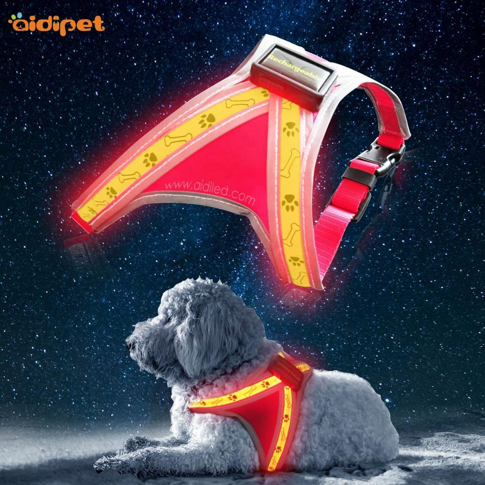OEM Logo Led Reflective Dog Harness Vestfor Night Safety Pet Safety Supply Light Up Adjustable Pet Clothes Harness
