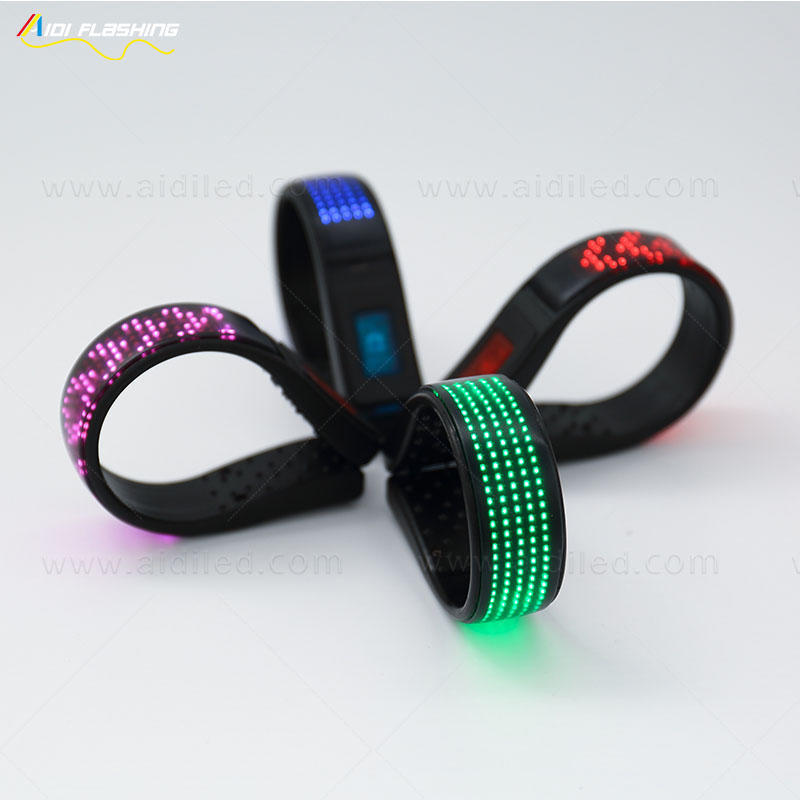 2019 Night Running Safety Flashing Light Up Waterproof LED Shoes clip light with screen