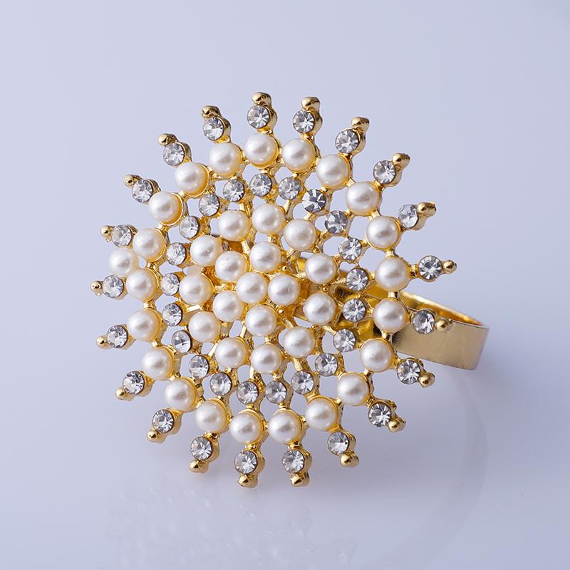 High Quality Hotel Floral Napkin Buckle Ring Flower Rhinestone Napkin Rings for Wedding Hotel