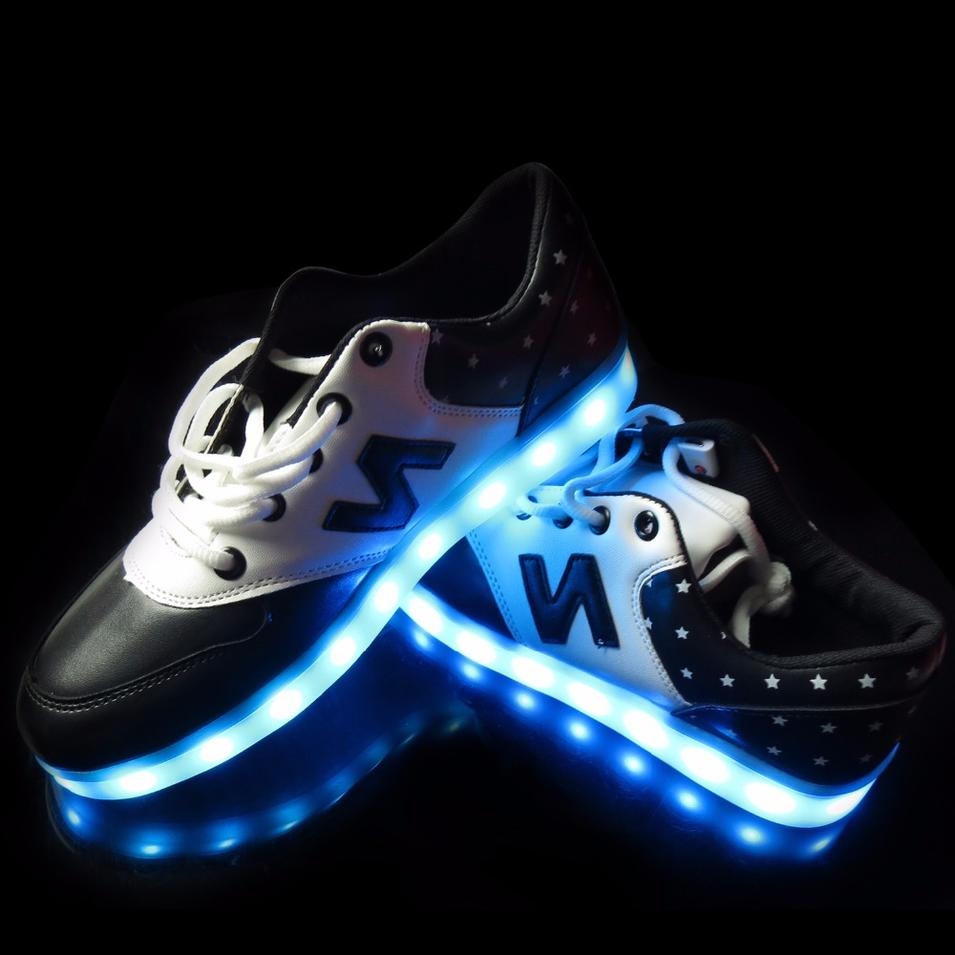 Smart LED Shoes for Party Breaking Dance Attractive Light Up Shoes with APP Controlled