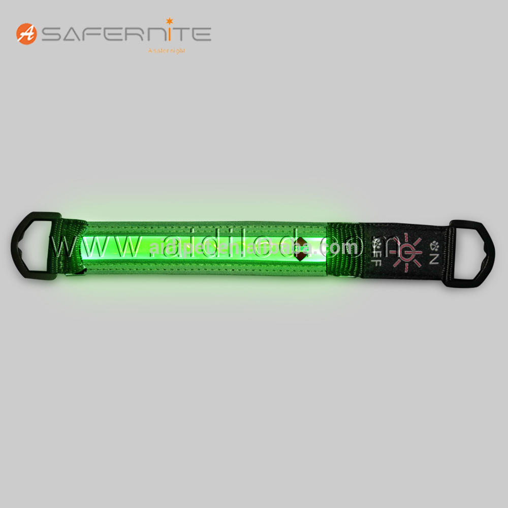 2017 New Design Backpack Light Up Straps Hangers