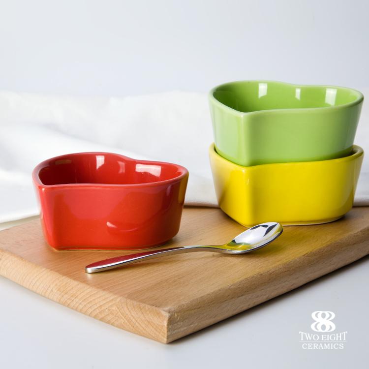 heart shape soy saucer dish ceramic bowl small crockery