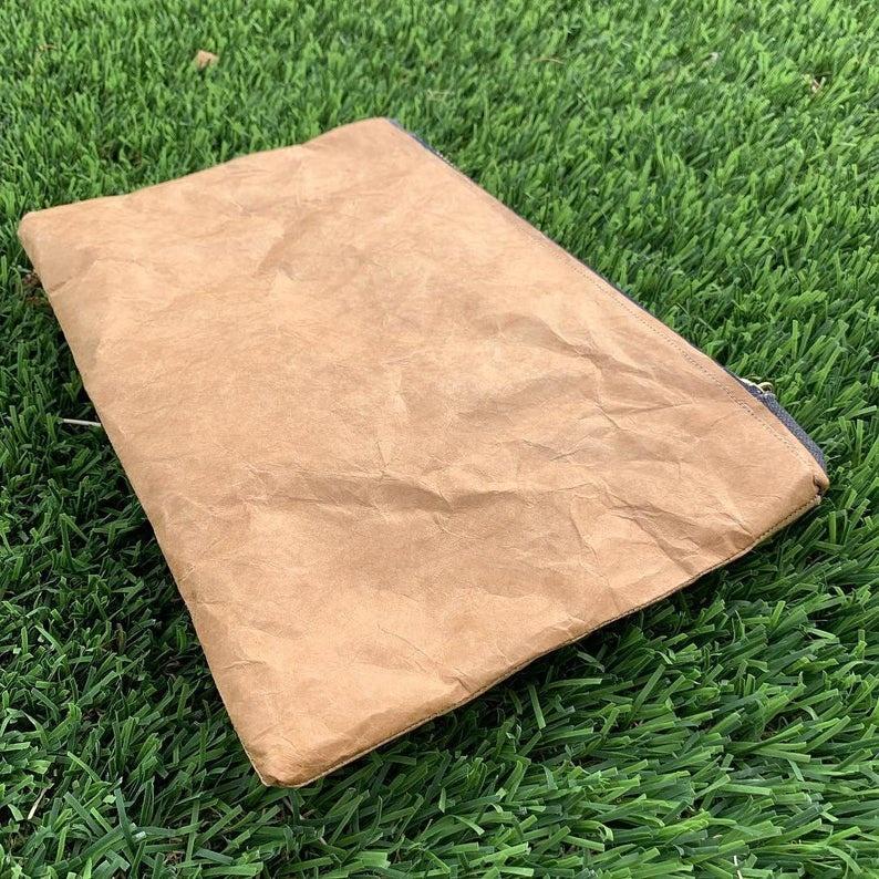 Customised Professional Luxury Makeup Brush Case Bags, Travel DuPont toiletry bag, Custom Logo Waterproof Cosmetic Toiletry Bag
