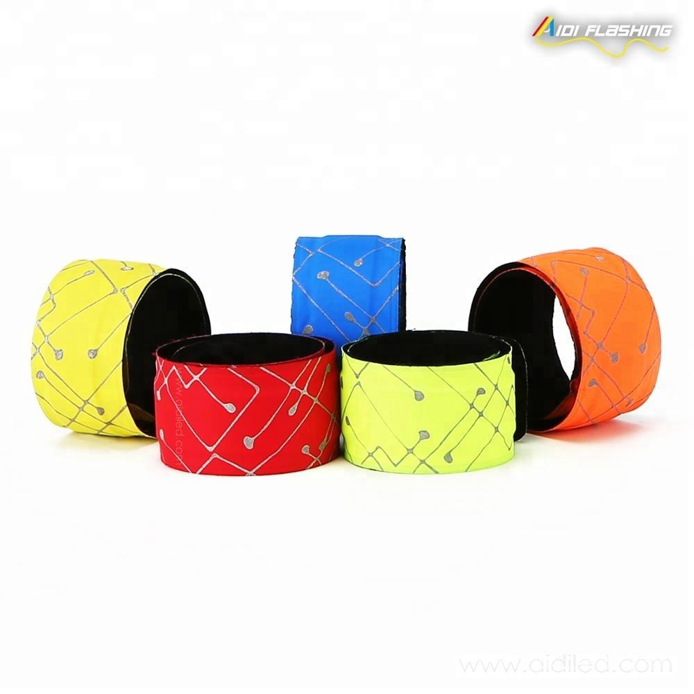 2019 New Product Slap band Flashing Running Led Armband