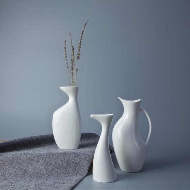 Hot selling restaurant table use white china porcelain vase