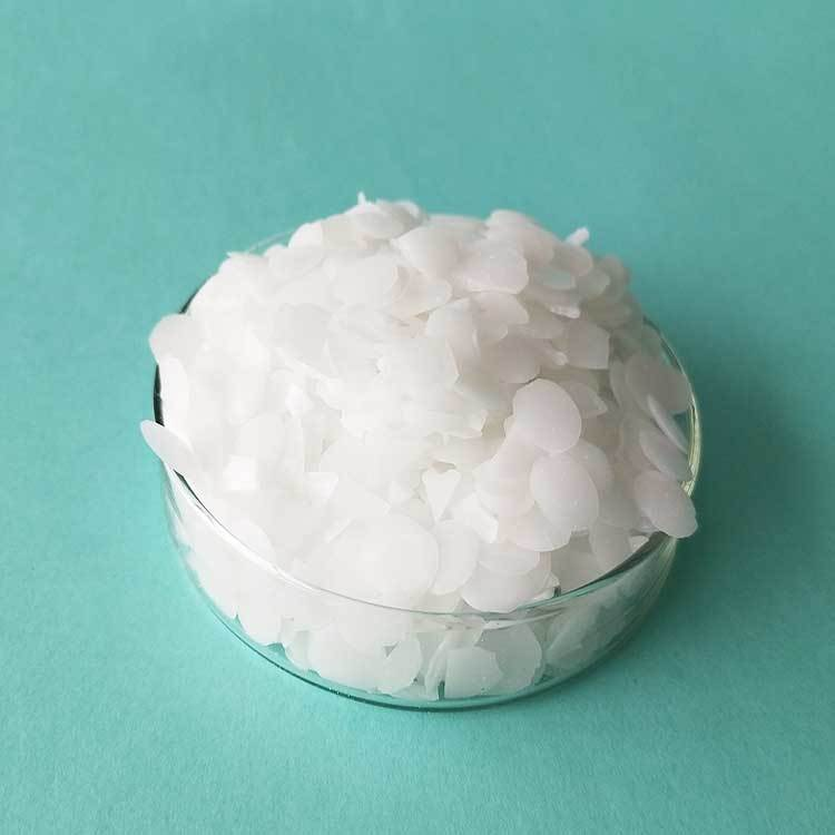 White wafer lubricant polyethylene wax with good chemical stability