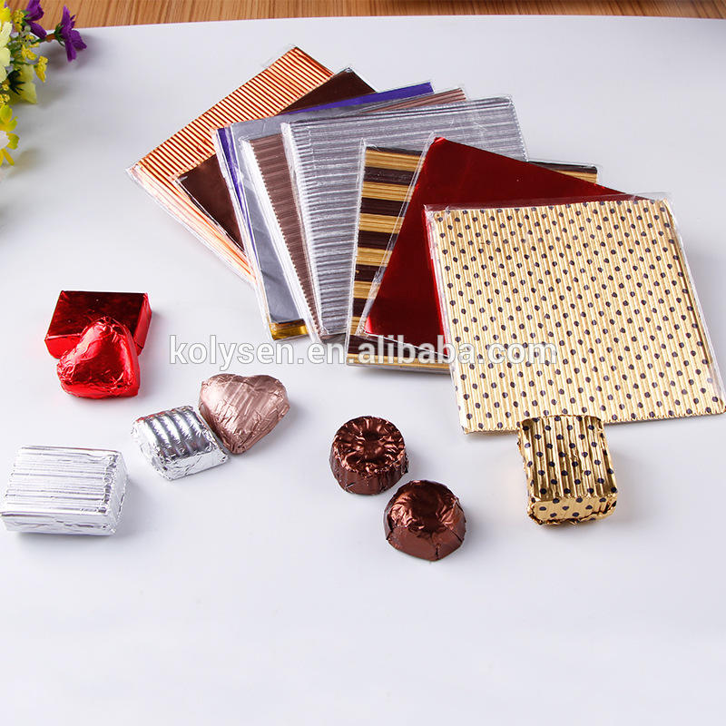 Pleated gold aluminum foil for chocolate wrapper
