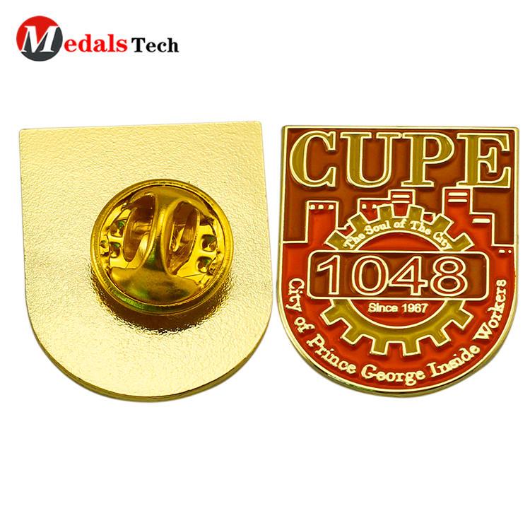 Round shaped custom logo soft enamel academic uniform lapel pin