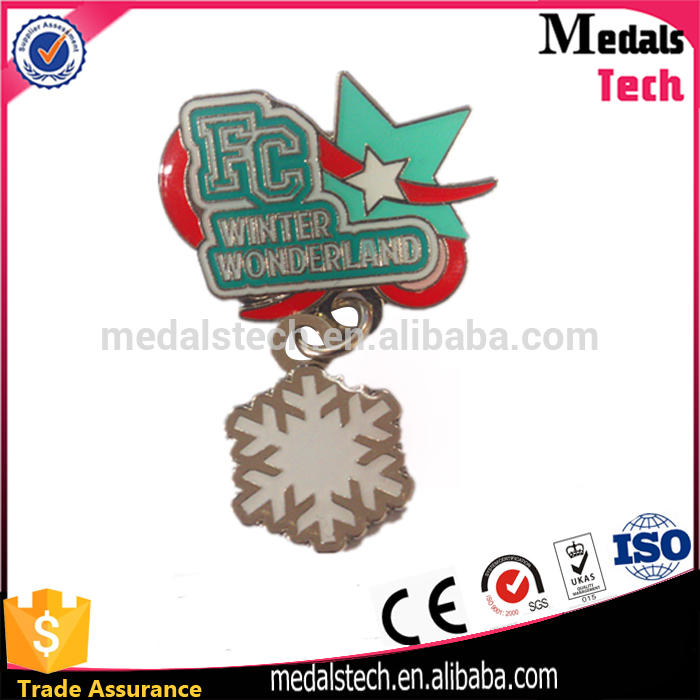 Free sample bike logo hard enamel triathlon lapel pin with safety pins