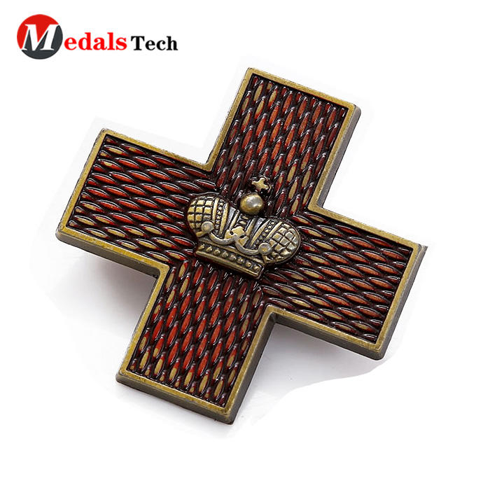 2018 popular school 3d crass shape magnet metal Christmas badge