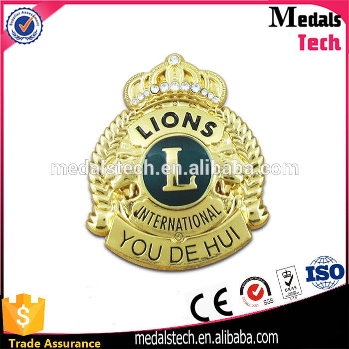 Cheap quality gold plated 3d emboss lions club lapel pin crystal metal badge emblem with factory price