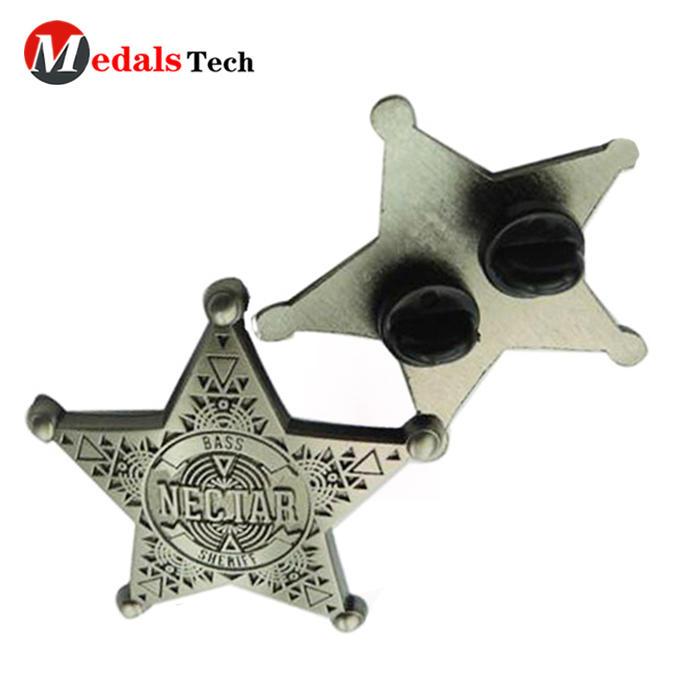 Factory price classical star shape antique finish engraving logo mens stick lapel pin