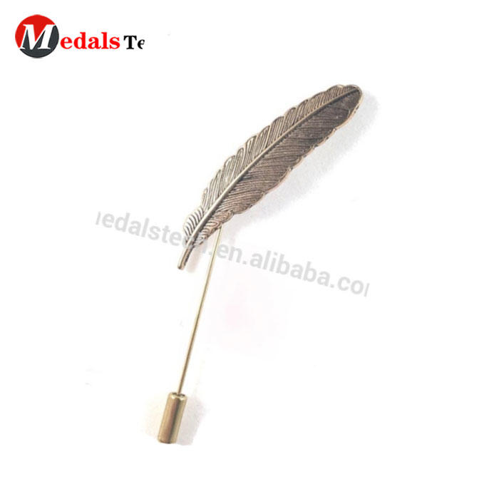Top selling custom long needle antique bronze metal 3d feather lapel pin