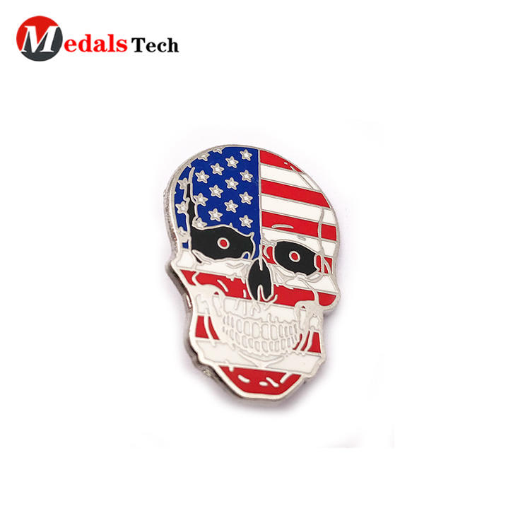 Creative country flag skulls shaped souvenir metal funny lapel pin
