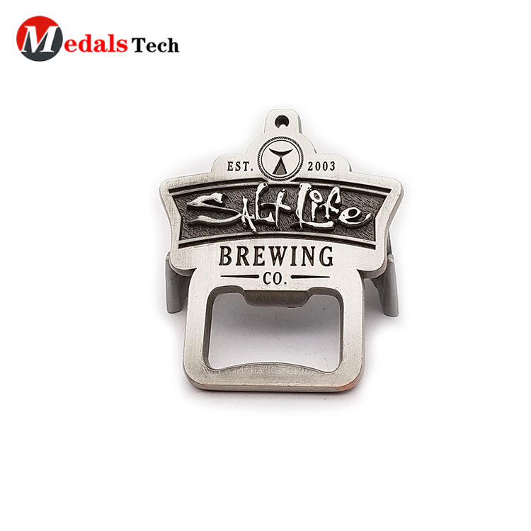Free sample silver plating flat challenge half marathon souvenir bottle opener for winner