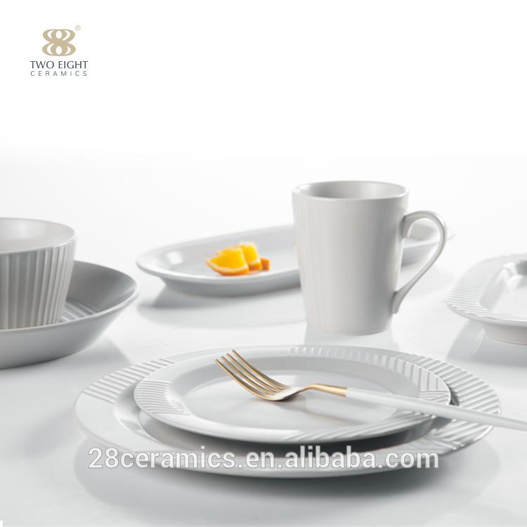 Best selling colored porcelain dinnerware set