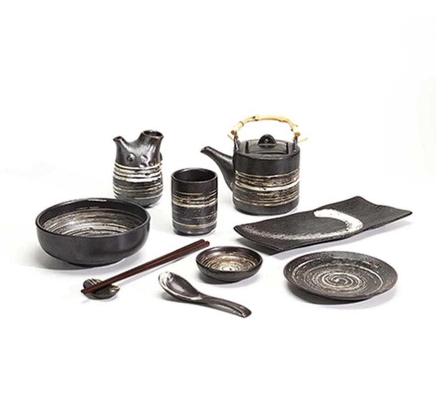 Tableware Manufacturer Restaurant Dinnerware Porcelain Japanese Ceramic Black Plate India*
