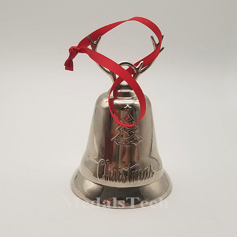Custom 3D zinc alloy large size smooth silver color filled logo metal felted bell christmas decoration With jingle bell