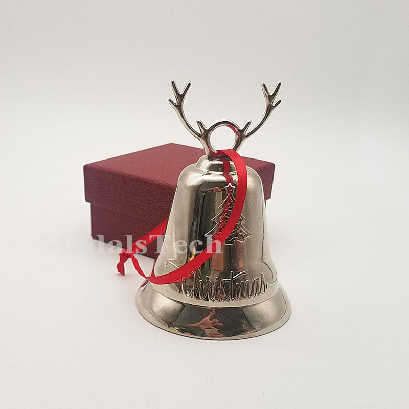 Festival decoration Large size smooth silver plating metal wind chimes christmas bells with red ribbon