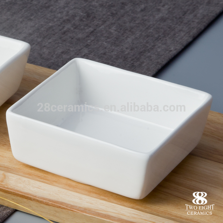 Wholesale chinese restaurant porcelain small square soy sauce dish tableware
