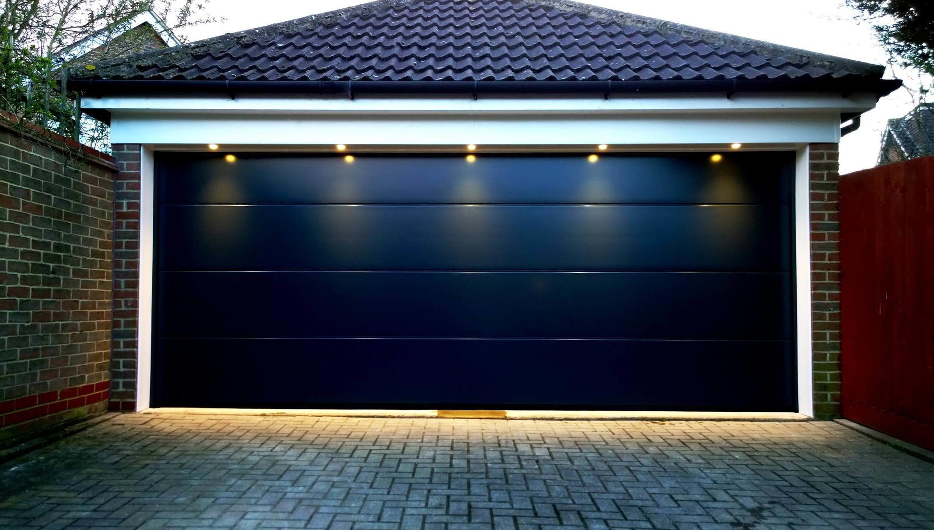 Modern Aluminium AutomaticGarage Door Design