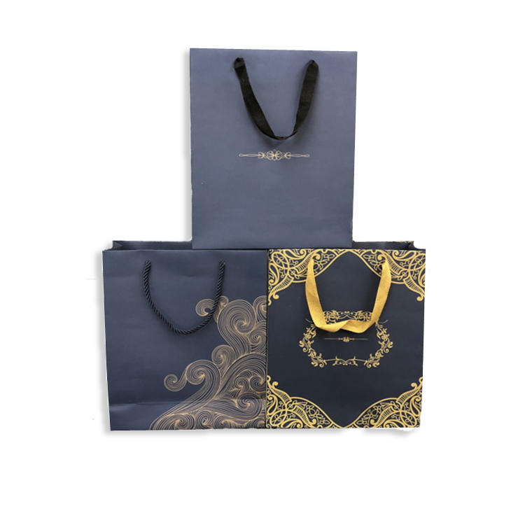 Factory Supply Luxury Gift Bags Custom Clothing Bags With Logo