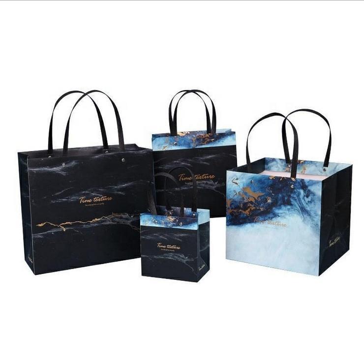 Wholesale TOP Quality OEM Custom Paper bag Custom Full Color Kraft Paper Bag Eco-Friendly Paper Gift Bag