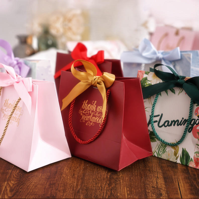 2020 gift bags wine bottle paper bag christmas paper bag fashion jewelry bags and paper bags