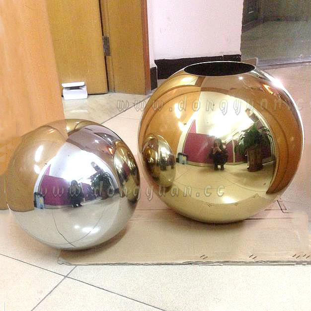 Christmas Balls Big, Color Metal Ball for Indoor and Outdoor Decoration
