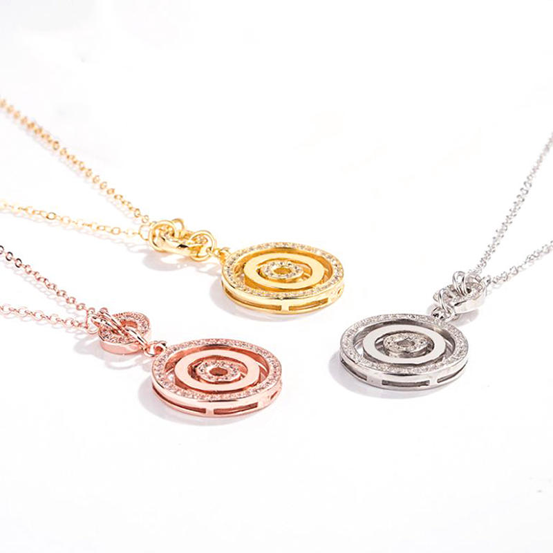 Rotatable Disc Pendant With Three Rings Clavicle Chain Necklace