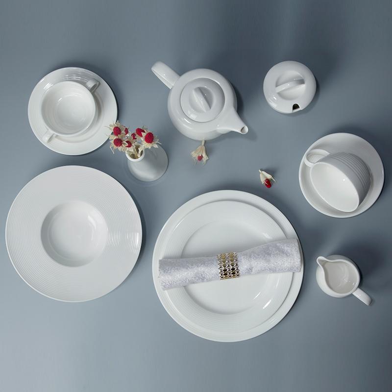 latest hotel restaurant wedding event banquetbest seller popular crockery dinner set