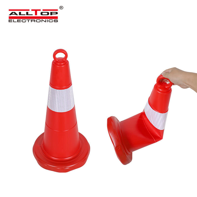 Wholesale Good Quality Red Flowing Base PE Plastic Traffic Cone for Safety