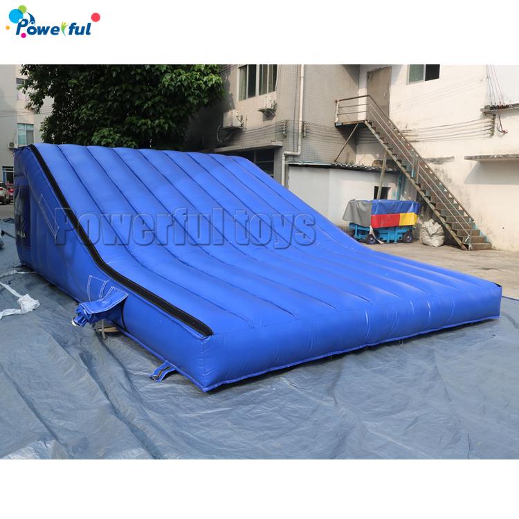 Popular customized size inflatable stunt bike ramp landing airbag for FMX BMX
